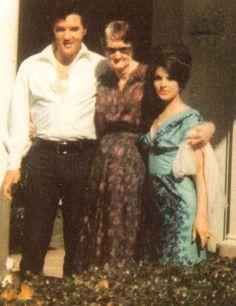 Elvis, Grandmother Minnie Mae and Priscilla @ Graceland