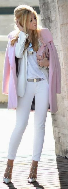 Chic all-white outfit with a touch of pink.
