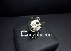 925 sterling silver skull ring with 2.5mm CZ!