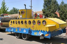 Yellow submarine- how cool is this!???? @nuttandhoney