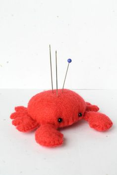 PDF Pattern Felt Crab Pin Cushion Plush di typingwithtea su Etsy