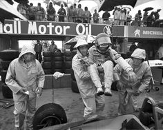 Anyone who was in the vicinity of Watkins Glen the weekend of the 1979 USGP knows exactly why the Ferrari mechanics are carrying Gilles to his car. Formula 1, Belgian Grand Prix, Gilles Villeneuve, Watkins Glen, Ferrari F1, Indy Cars, Interesting History, Car And Driver, Race Cars