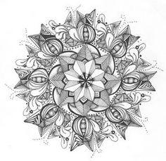 Zentangle mandala by Maria Thomas, Zentangle founder on Zendala Circle Tile available at Softexpressions.com