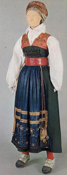 FolkCostume&Embroidery: Sarafan-like costumes of Europe Art Costume, Folk Costume, Costumes, Traditional Fashion, Traditional Dresses, Leather Apron, Folk Clothing, Apron Dress, Embroidered Tunic