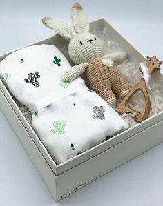Crochet Rabbit Gift Box Gender Neutral Baby Gift Box New Born Gift New Baby Gift Basket Organic Baby Gifts Amigurumi Gift Baby Gift Hampers, Baby Gift Box, Cute Baby Gifts, Baby Box, New Mom Gift Basket, Handmade Baby Gifts, Gifts For New Baby, Summer Gift Baskets, Unisex Baby Gifts