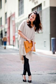 leather leggins + oversized clutch, top- H&M linen tunic