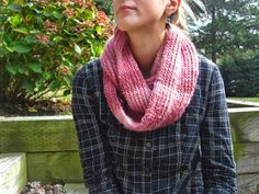 wiseknits: FO Friday: Cozy Scarf (also a free pattern!)