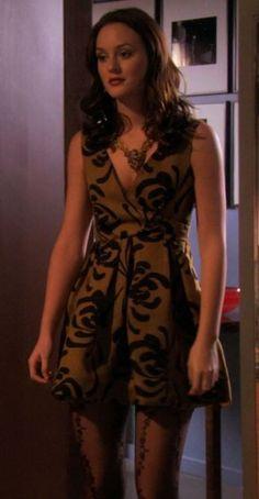 Gossip girl season 3 thanksgiving  Blairs dress + tights