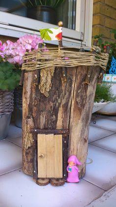 fairyhouse Tomtehus av stubbe