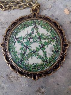 Pentacle necklace www.oroboro.eu
