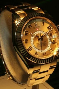f79f2e674d1 Rolex is a classic luxury watch for the modern women or man of today. There