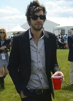 Jack Barakat: makin the red cup look classy af Jack Barakat, Emo Bands, Music Bands, Music Music, All Time Low, All About Time, Bae, Bring Me The Horizon, Pierce The Veil