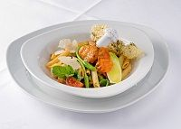 Kalorienarmes Gericht aus dem Wok (via @Der Steirerhof) - www.dersteirerhof.at Wok, Potato Salad, Potatoes, Ethnic Recipes, Mediterranean Style Kitchen Designs, Easy Meals, Food Food, Potato
