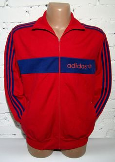 SIZE: Mens D8 M. Retro at it's best, a true high quality Adidas item. Perfect for any occasion and very comfortable the jacket is suitable for picnics, playing sports, walking the dog. Measurements see last photo : A -70cm B -60cm C -61cm. | eBay!