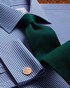 Green silk classic plain tie