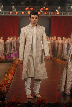 Umar Sayeed Bridal Dresses in PFDC L'Oreal Paris Bridal Week 5