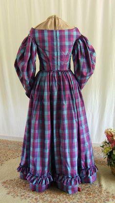 Romantic Era 1832 dress and bonnet