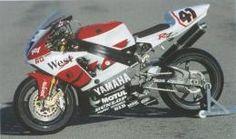 Yamaha YZF - R7 (1999) - Una moto de carreras en las calles...