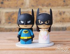 Batman groom and Batgirl bride wedding cake topper by Genefy Playground https://www.facebook.com/genefyplayground