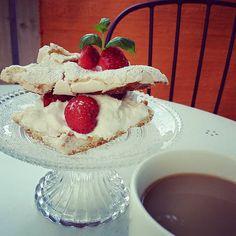 Home Page Cake, Desserts, Food, Pastel, Deserts, Kuchen, Cakes, Dessert, Meals