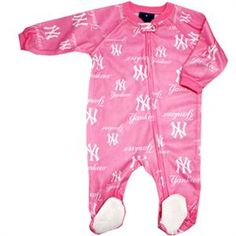 Pretty in pink and a Yankee fan! This pink New York Yankees baby girl sleeper features a zipper for easy diaper changing and grips on the feet. Yankees Baby, 3rd Baby, Baby Needs, Baby Time, Baby Girl Newborn, Baby Fever, Girl Nursery, Future Baby, Toddler Activities
