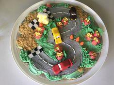Pull apart cupcake cake, birthday, merangue buttercream with sugar paste details Pull Apart Cupcake Cake, Pull Apart Cake, Cupcake Cakes, 3rd Birthday, Birthday Cakes, Race Car Cakes, Sugar Paste, Sweet, Food