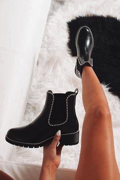 Dr Shoes, Hype Shoes, Crazy Shoes, Me Too Shoes, Moda Sneakers, Sneakers Mode, Sneakers Fashion, Fashion Shoes, Mens Fashion