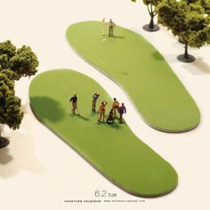 Miniature photography and tiny people - Footprints