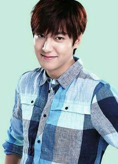 awesome LeeMinHo for Lotte Duty Free ♥♥♥ Lee Min Ho Smile, Korean Male Actors, Hot Korean Guys, Korean Drama Quotes, Sexy Asian Men, Man Lee, Kim Joon, Lee Sung, Boys Over Flowers
