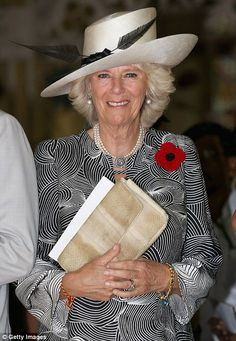 Camilla, Duchess of Cornwall leaves a Remembrance Day Service at the Afghan Church Camilla Duchess Of Cornwall, Duchess Of Cambridge, Queen Hat, Camilla Parker Bowles, Herzog, Prince Of Wales, Lady Diana, Queen Elizabeth Ii, Royal Fashion