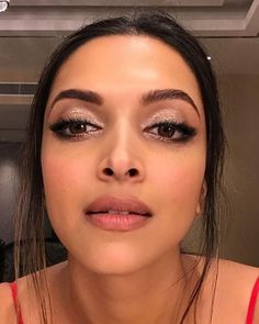 Deepika Padukone's recent beauty looks will totally inspire your weekend makeup! | PINKVILLA