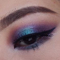 Mermaid eye look using the Vice 3 palette from Urban Decay! - @beautybyrah on Instagram