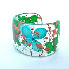 Eco Resin Cuff with Hydrangea and Baby's от SpottedDogAsheville