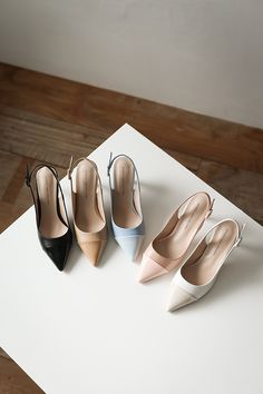 Office Heels, Shoes Flats Sandals, Pointed Heels, Pretty Shoes, Shoe Closet, Luxury Shoes, Shoe Game, Shoe Collection, Summer Shoes