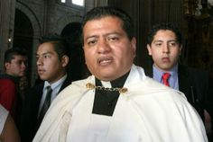 '¡Aguas con los sacerdotes pirata!', alerta Arquidiócesis | Gobernanza