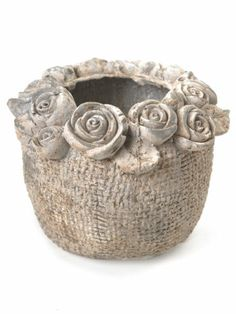 Cement Flower Pots, Cement Planters, Ceramic Flowers, Concrete Crafts, Concrete Garden, Clay Pinch Pots, Vase Deco, Cement Art, Papercrete