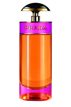 Prada Candy blends lush caramel with benzoin — a warm, sweet resin that's smells a bit like vanilla honey — and an array of musks, which help add a sensual, sophisticated edge to the saccharine scent.