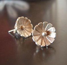 Sterling Silver Flower Stud Earrings by NiciLaskin on Etsy