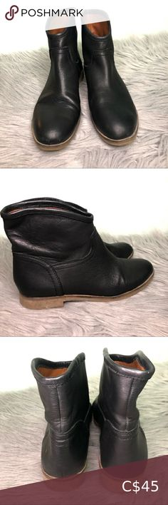 Lucky Brand Garmann Ankle Pull on Booties Smooth, polished leather defines a trend-savvy bootie fashioned with a round toe and set on a low rubber heel. Pull-on style. Leather upper/synthetic lining/rubber sole Good condition - few scuffs at the front and normal wear at the sole (pictured) Lucky Brand Shoes