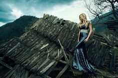 portrait of sexy woman in dress posing near destroyed wooden house Wooden House, Professional Photographer, Girl Fashion, Sexy Women, Poses, Portrait, Outdoor Decor, Photography, Photoshoot Ideas