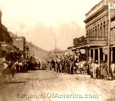 Virginia City, NV - Pioneer Stage leaving Wells  Fargo 1866.