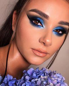 Grey Makeup, Blue Eye Makeup, Smokey Eye Makeup, Skin Makeup, Eyeshadow Makeup, Blue Eyeshadow Looks, Blue Makeup Looks, How To Wear Makeup, Fancy Makeup