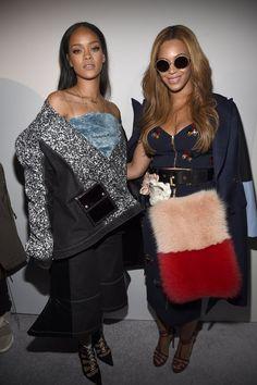 Pin for Later: Beyoncé, Rihanna und weitere Stars unterstützen Kanye West Rihanna und Beyoncé