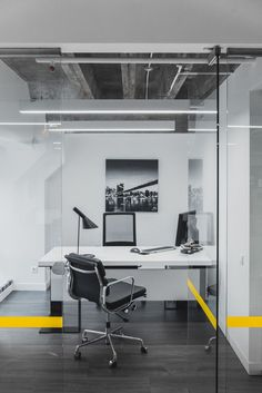 Galería de Diseño de Oficina / IND Architects - 23