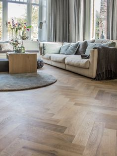 Living Area, Living Room, Bungalow Renovation, Interior And Exterior, Interior Design, Room Decor Bedroom, Interior Inspiration, Home Fashion, Style At Home