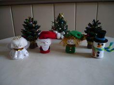 Bricolage pour Noel n°5 Des petits personnages de Noel réalisés avec des bouchons de champagne