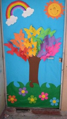 spring bulletin boards and classroom ıdeas archives for kids Spring or a great kindness tree This post was discovered by Dá Decoration Creche, Board Decoration, Preschool Door, Preschool Activities, Spring Bulletin Boards, School Door Decorations, Butterfly Tree, School Doors, Spring Crafts