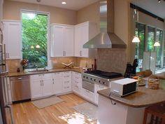 White & beige kitchen