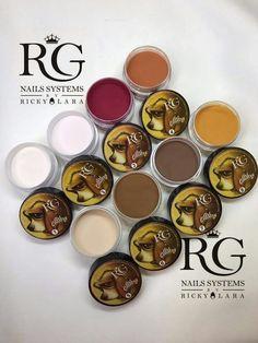 Colecciones del Nail Master International Ricky Lara