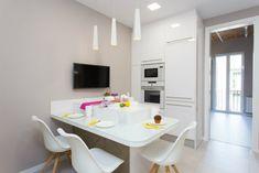 Best Minimalist Kitchen Design To Avoid Boredom in Your Home Interior Design Kitchen, Modern Interior, Kitchen Planner, Elegant Kitchens, Minimalist Kitchen, Home Kitchens, Small Kitchens, Modern Design, Furniture